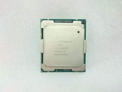 Core i9-9920X バルク (3.5GHz/Turbo Boost 4.4GHz/Turbo Boost MAX 4.5GHz/12-core 24-thread/L3 19.25MB/TDP165W) 各サイトで併売につき売切れのさいはご容赦願います。
